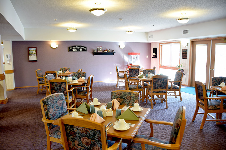 Oak Estates - Dining Room